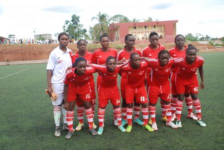 Caiman filles de Douala